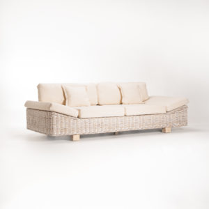Armchair_TegalKubu_Luxury_Whitewash-4